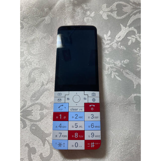 au(エーユー)のINFOBAR xv NISHIKIGOI スマホ/家電/カメラのスマートフォン/携帯電話(携帯電話本体)の商品写真