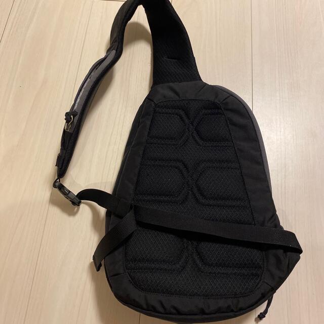 patagonia(パタゴニア)のパタゴニア アトムスリング8L メンズのバッグ(ショルダーバッグ)の商品写真