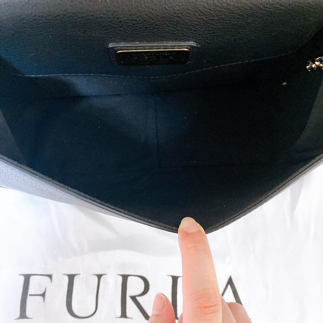 Furla(フルラ)のFurlaフルラ Wチェーンショルダーバッグ(新品美品) レディースのバッグ(ショルダーバッグ)の商品写真