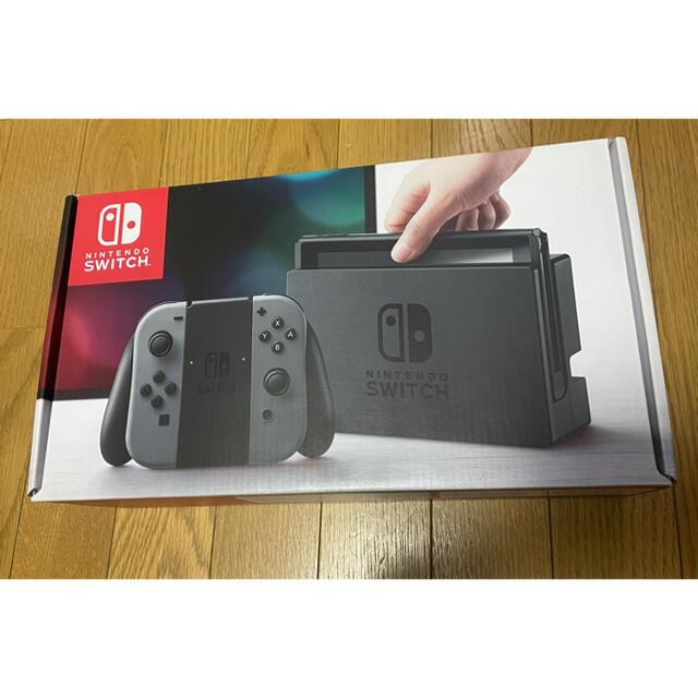 Nintendo Switch(ニンテンドースイッチ)のひー様専用 Nintendo Switch  本体 美品 付属品完備 エンタメ/ホビーのゲームソフト/ゲーム機本体(家庭用ゲーム機本体)の商品写真