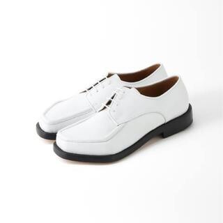 マルタンマルジェラ(Maison Martin Margiela)のMagliano マリアーノ ローファー ホワイト 革靴(ドレス/ビジネス)