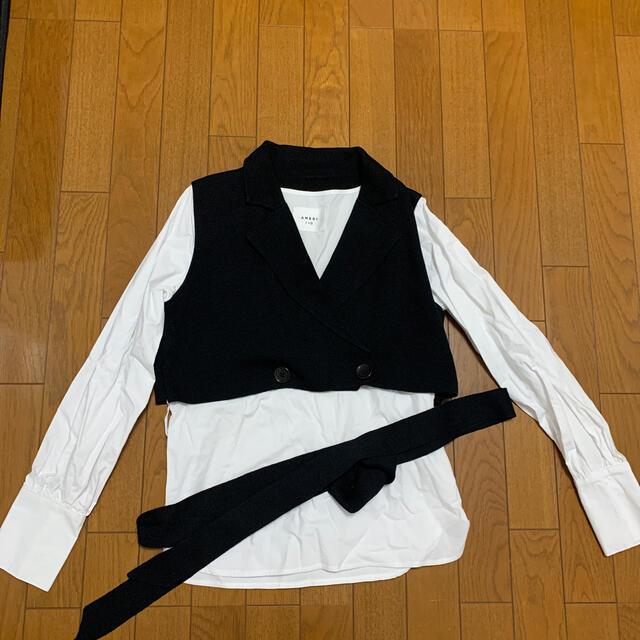 Ameri VINTAGE(アメリヴィンテージ)のMINI JACKET DOCKING SHIRTS  レディースのトップス(シャツ/ブラウス(長袖/七分))の商品写真