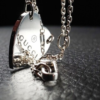 Gucci - 【最終値下げ】GUCCI グッチ ネックレス ペンダント Heart