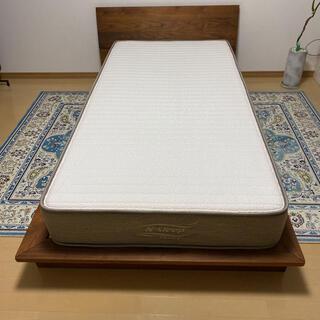ニトリ(ニトリ)のマスターウォール ベッドフレーム ニトリラグジュアリーマットレス セット(シングルベッド)