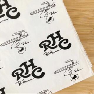 ロンハーマン(Ron Herman)のロンハーマンスヌーピーRHCモノトーンサーフィンロゴ白黒ホワイトブラック(生地/糸)