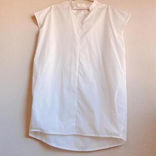 ケービーエフ(KBF)のKBF スキッパーチュニック(シャツ/ブラウス(半袖/袖なし))