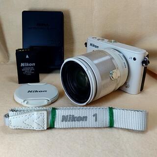 Nikon - ミラーレス一眼 Nikon 1 J3 小型10倍ズームキット ベージュ