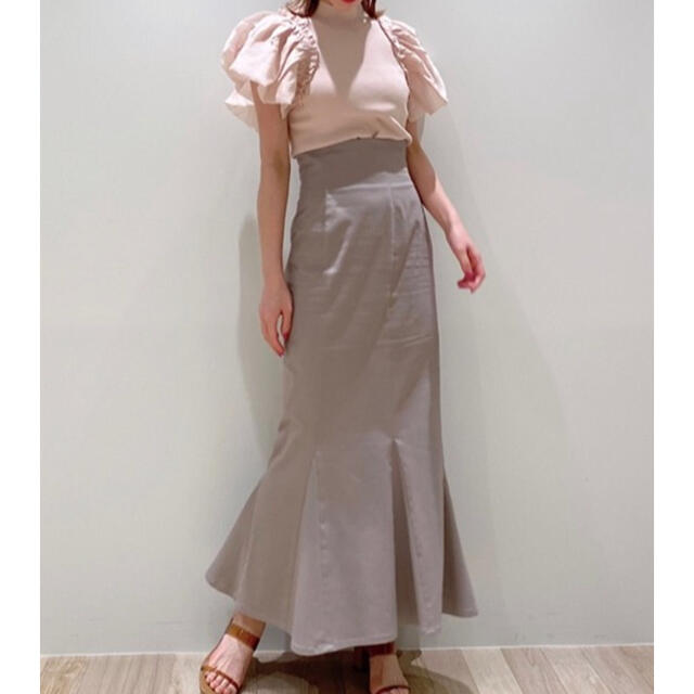 snidel(スナイデル)のsnidel ハイウエストヘムフレアスカート スナイデル レディースのスカート(ロングスカート)の商品写真