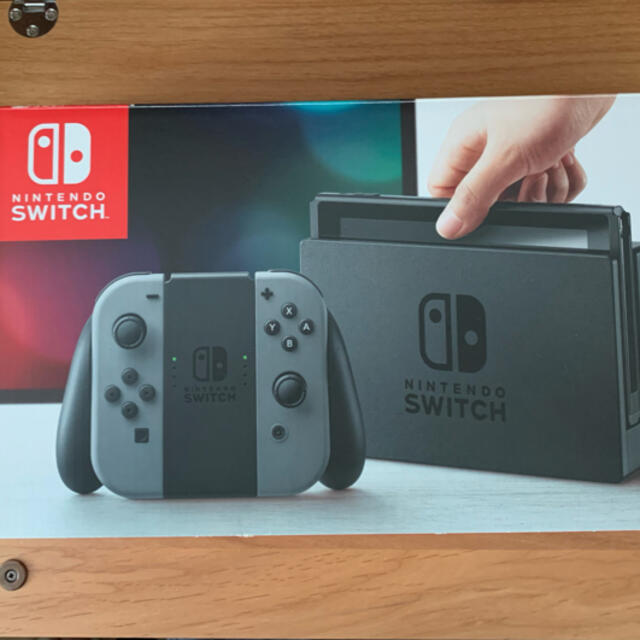 Nintendo Switch(ニンテンドースイッチ)のNintendo Switch JOY-CON グレー 本体  HAC-S-KA エンタメ/ホビーのゲームソフト/ゲーム機本体(家庭用ゲーム機本体)の商品写真