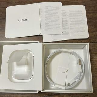アップル(Apple)の美品 付属品完備 AirPods with Charging Case 第2世代(ヘッドフォン/イヤフォン)