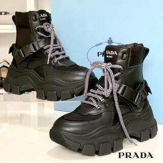 PRADA - 2468 未使用 プラダ レースアップ ハイカットスニーカー ブラック
