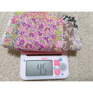 (専用ページ)リバティハギレセット45g+オマケのハギレと布テープ
