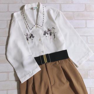 Lochie - ガーリー 襟刺繍 半端袖 レトロ 古着 クラシカル 白ブラウス