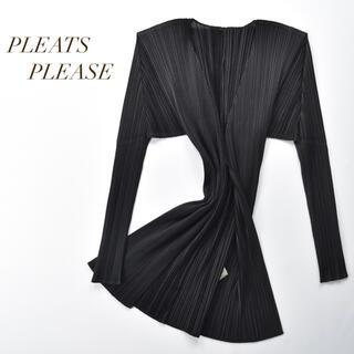 PLEATS PLEASE ISSEY MIYAKE - PLEATS PLEASE  羽織りボタンレス プリーツ カーディガン