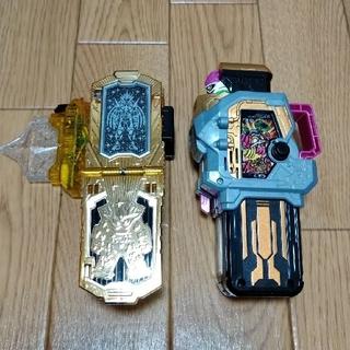 BANDAI - 仮面ライダーエグゼイド DX ハイパームテキ マキシマムマイティX ガシャット