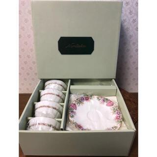 ノリタケ(Noritake)の新品未使用 ノリタケ ボーンチャイナ 花模様 ティー・コーヒー 碗皿 5客セット(食器)