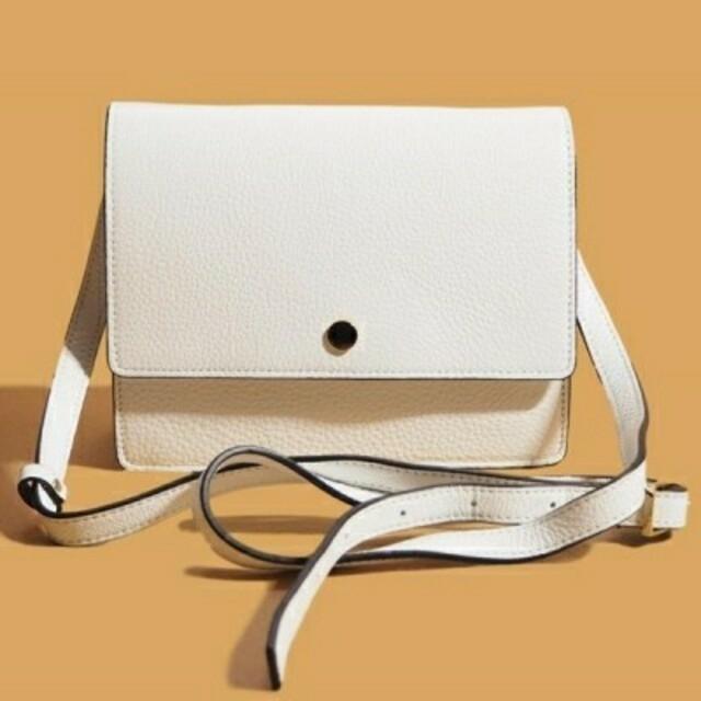 TOMORROWLAND(トゥモローランド)のTOMORROWLAND OAD未使用札付きショルダー レディースのバッグ(ショルダーバッグ)の商品写真