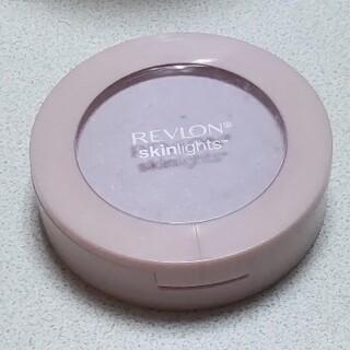 REVLON - レブロン スキンライト プレスト パウダー 104