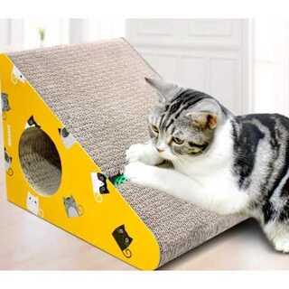 猫つめとぎ ダンボール 三角型 ボール付き 猫おもちゃ 猫ハウス(猫)