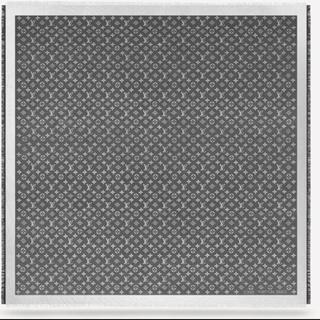 シャネル(CHANEL)の未使用限定品CHANEL上品黒3色xココマークブラックツイートジャケット36 (ノーカラージャケット)