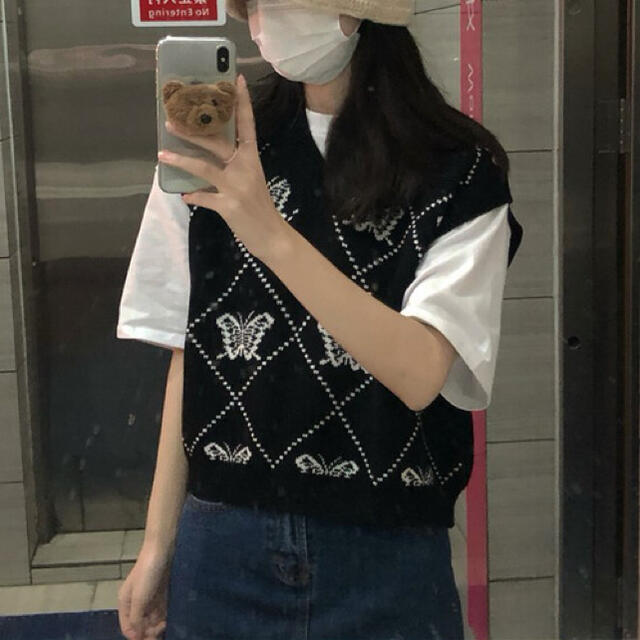 STYLENANDA(スタイルナンダ)の韓国ファッション♡バタフライベストニット レディースのトップス(ニット/セーター)の商品写真