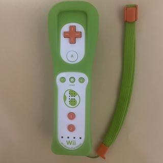 ウィーユー(Wii U)のWiiリモコンプラス ヨッシー(その他)