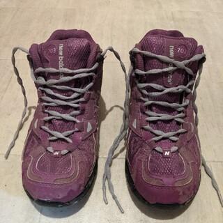 ニューバランス(New Balance)のトレッキングシューズ 23 登山靴 ニューバランス キャンプ アウトドア(登山用品)