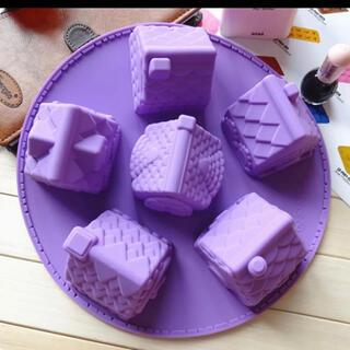 シリコン型 家 お菓子の家 約7.5×7.5cm 6種