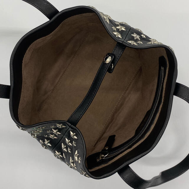 JIMMY CHOO(ジミーチュウ)のJIMMYCHOO ジミーチュウスタースタッズトートバッグ ブラックハンドバッグ レディースのバッグ(ハンドバッグ)の商品写真