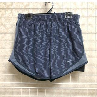 NIKE - 【新品】ナイキショートパンツ Lサイズ