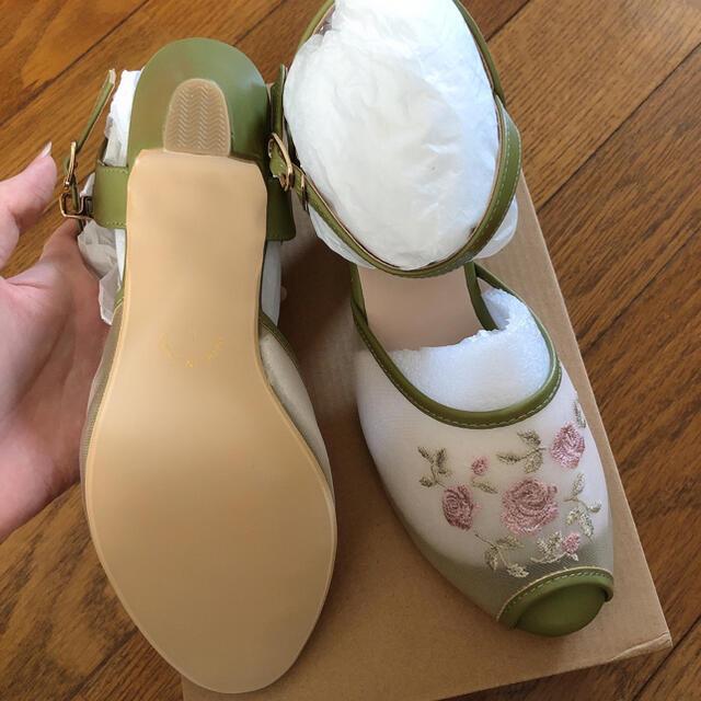 F i.n.t(フィント)の【新品未使用】FINT    ローズ刺繍メッシュサンダル レディースの靴/シューズ(サンダル)の商品写真