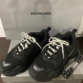 バレンシアガ(Balenciaga)のバレンシアガ トリプルS ブラック 27センチ(スニーカー)