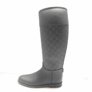 グッチ(Gucci)のグッチ 38 レディース美品  - 黒 ラバー(レインブーツ/長靴)
