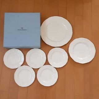 ウェッジウッド(WEDGWOOD)のウェッジウッド ストロベリーアンドバイン皿7枚セット(食器)