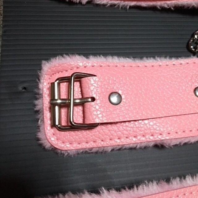 手枷、足枷セットです。 エンタメ/ホビーのコスプレ(小道具)の商品写真