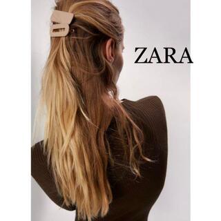 ザラ(ZARA)のZARA ザラ 新品 リアルレザーヘアクリップセット(ヘアピン)