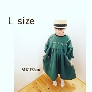 ゆったりギャザーワンピL●グリーン(ファッション雑貨)