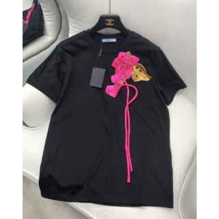 プラダ(PRADA)のPRADA フラワー刺繍  コットン Tシャツ(Tシャツ(半袖/袖なし))
