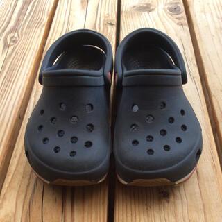 クロックス(crocs)のクロックスサンダル 14cm〜15cm(サンダル)