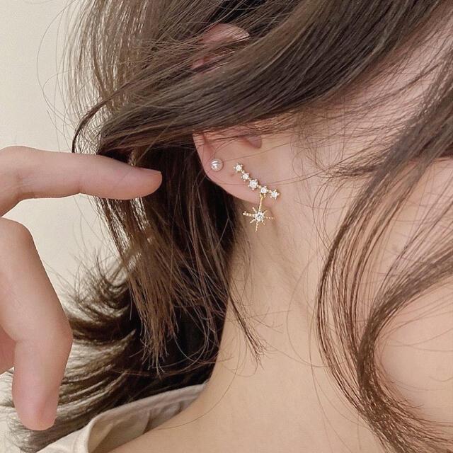AHKAH(アーカー)のgold star zirconia pierce ◯s925 post レディースのアクセサリー(ピアス)の商品写真