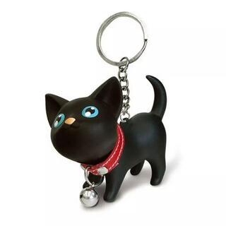人気商品!可愛らしい黒猫のフィギュアキーホルダー