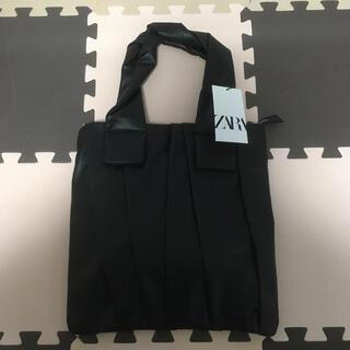 ZARA - ZARA プリーツフラットトートバッグ