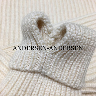 【シーズンオフ価格】ANDERSEN-ANDERSEN タートルネックニット