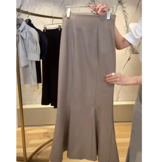 snidel(スナイデル)のSNIDEL ハイウエストヘムフレアツイルスカート レディースのスカート(ロングスカート)の商品写真