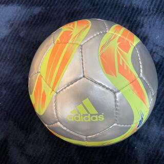 アディダス(adidas)のフットサルボール(ボール)