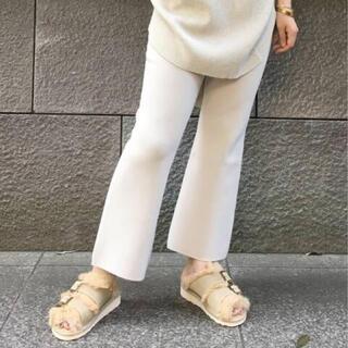 アパルトモンドゥーズィエムクラス(L'Appartement DEUXIEME CLASSE)のCropped Knit パンツ(クロップドパンツ)