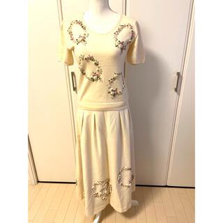 カネコイサオ(KANEKO ISAO)のカネコイサオ 花刺繍トップス&スカート(セット/コーデ)