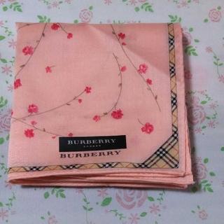 BURBERRY - バーバリー ハンカチ 花柄 ピンク