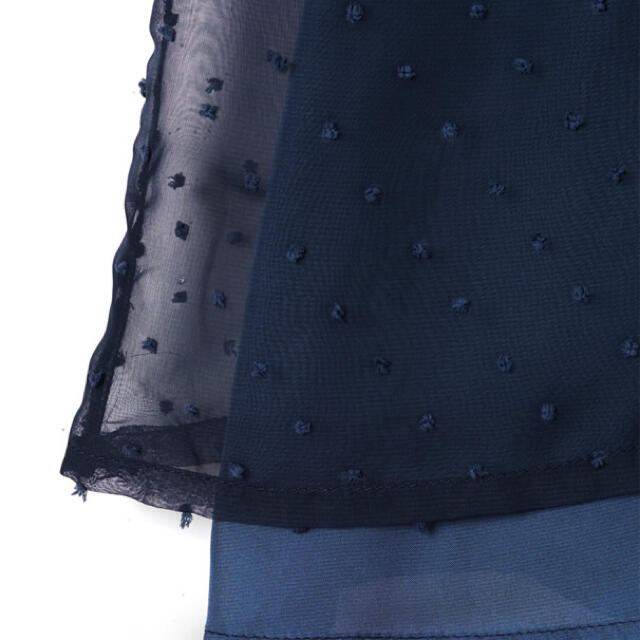 GRL(グレイル)のGRL  ドットシフォンパフスリーブトップス レディースのトップス(シャツ/ブラウス(半袖/袖なし))の商品写真
