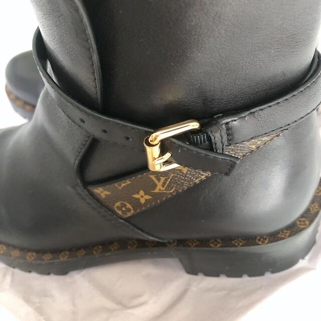LOUIS VUITTON(ルイヴィトン)のルイヴィトン ブーツ レディースの靴/シューズ(ブーツ)の商品写真